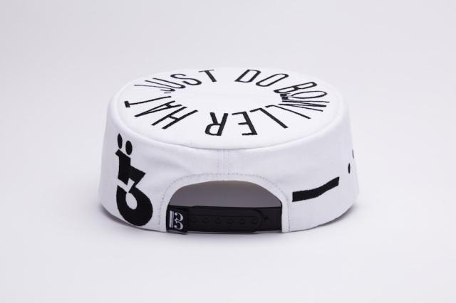 bowller 0043